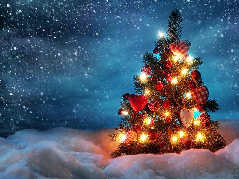 tree new year christmas snow holiday night garland 36467 56003720 rate this wallpaper